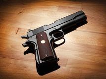 pistol, streľba