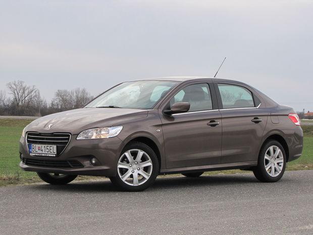 Peugeot 301 1.6 VTi