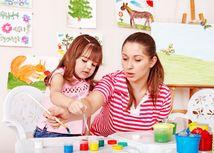 školka, matka, mama, dieťa, výchova, malovanie