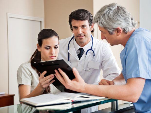 doktor, lekár, pacient, ambulancia, vyšetrenie, prevencia, prehliadka