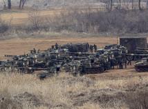 južná kórea, severná korea, tanky, vojaci, rakety