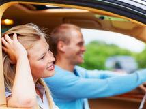 láska, rande, muž a žena, výlet, auto, šoférovanie, riadenie, šofér,