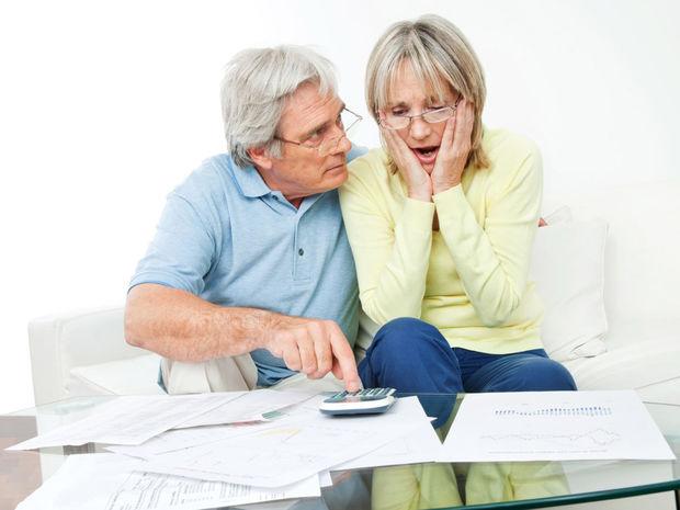 Peniaze, dôchodca, spotrebiteľ, úver, prepočet