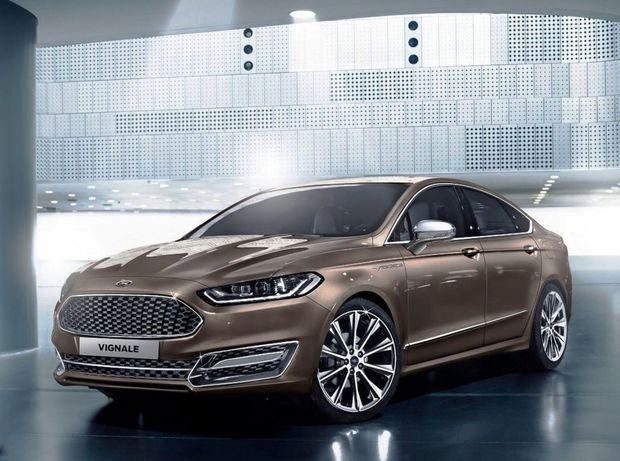 Veľké nádeje vkladá Ford do divízie Vignale. Predaj Mondea Vignale je však zatiaľ katastrofálne nízky.