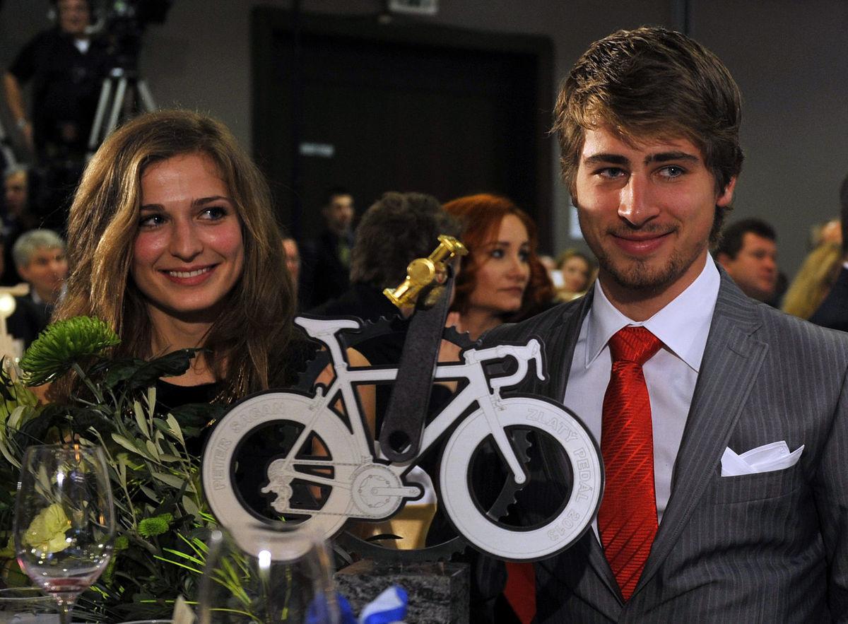 Peter Sagan prišiel na vyhlásenie ankety Zlatý pedál s priateľkou.