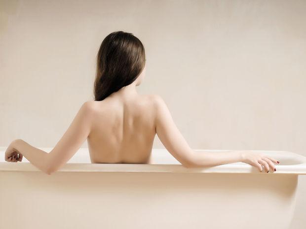žena, nahota, kúpeľňa