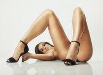 nahá žena, nahota