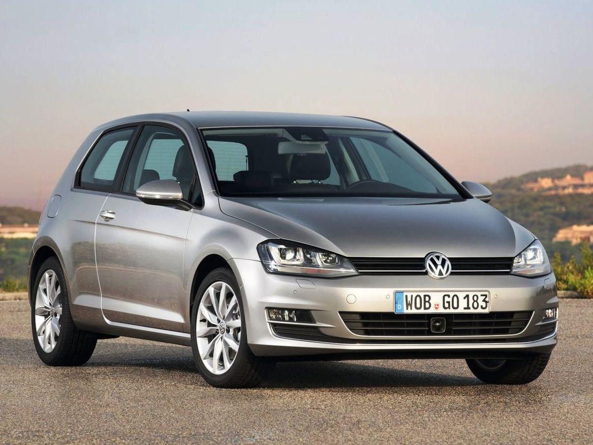 Volkswagen Golf len potvrdil svoju pozíciu neotrasiteľného bestselleru európskeho trhu. Jeho predaje vzrástli síce len o tri percentá, no odstup od druhého Fordu Fiesta je stále dramatický.