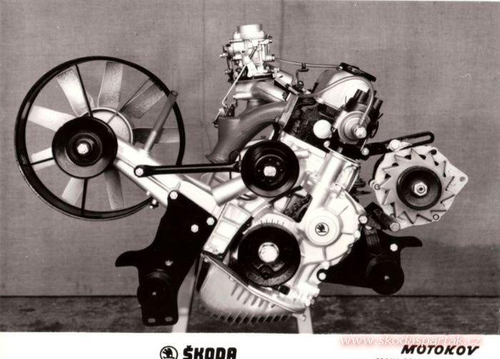 Nad prvým celohliníkovým blokom motora krútila hlavami aj západná konkurencia. Renault 8 prišiel s touto novinkou tesne po Škode.