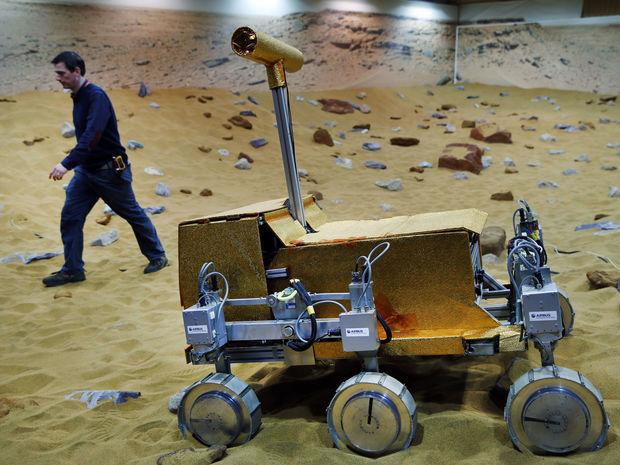 Testovanie vozidla, ktoré má skúmať Mars. Ide o spoločný projekt ESA a Federálnej vesmírnej agentúry Ruska.