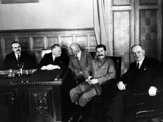 Stalin, Beneš, Molotov