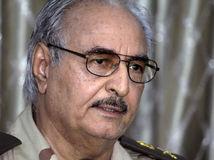 Chalíf Haftár, Líbya