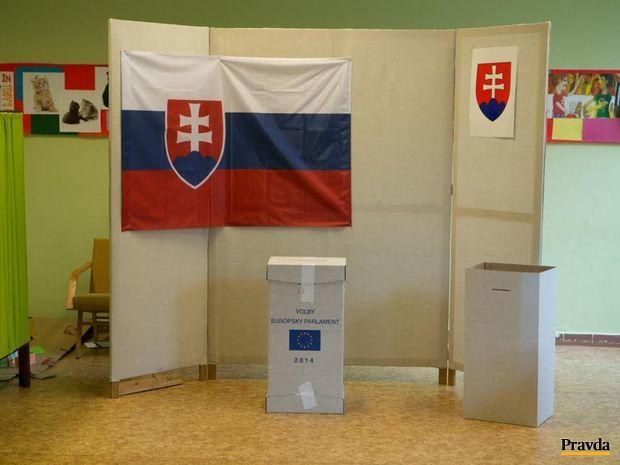 Slováci hlasujú v eurovoľbách.