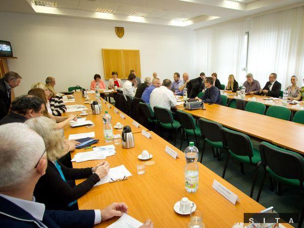 Sobotné rokovanie Ústrednej volebnej komisie.
