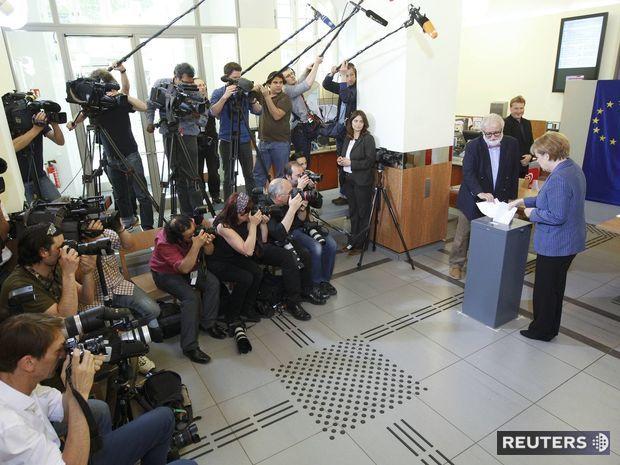 Nemecká kancelárka Angela Merkelová volila v nedeľu v Berlíne.