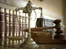 súd, pojednávanie, kladivko, sudca, advokát, spravodlivosť
