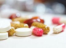 tabletky, lieky, prvá pomoc, lekárnička