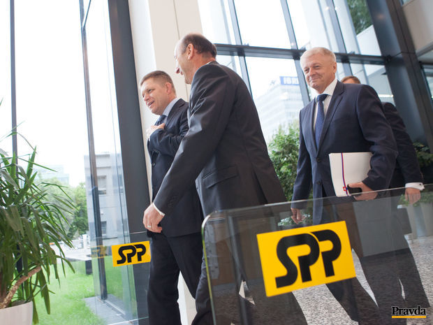 Robert Fico, Pavol Pavlis, Štefan Šabík