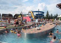 V Bešeňovej chcú zriadiť zastávku vlakov priamo na hrádzi, neďaleko aquaparku