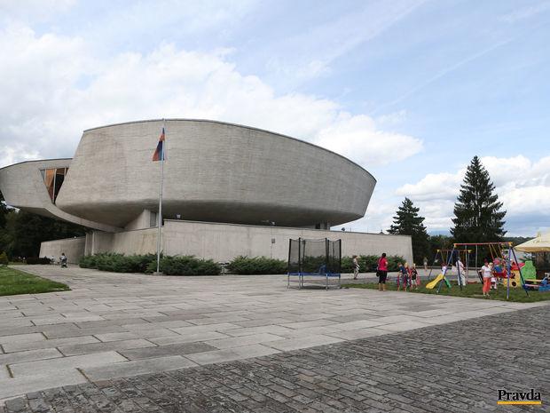 snp, banská bystrica, povstanie, pamätník, múzeum