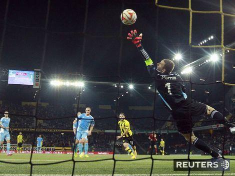 Slovan si spravil v Európe hanbu! V Berne prehral vysoko 0:5