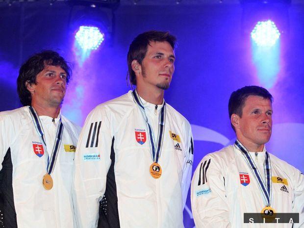 Alexander Slafkovský, Matej Beňuš, Michal Martikán
