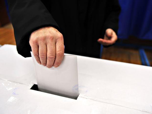 voľby, volebná urna