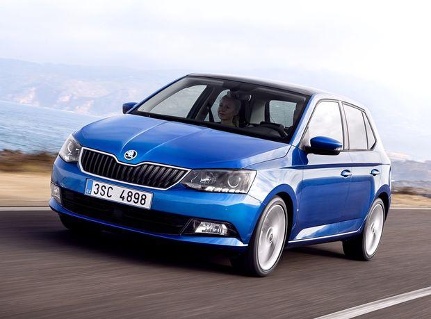 Najpredávanejšou značkou u nás je stále Škoda a najpredávanejším autom Fabia. Na českú automobilku sa ďalší nechytajú. Jej celkový výsledok je takmer dvojnásobný v porovnaní s druhým Volkswagenom a tretím Hyundaiom.