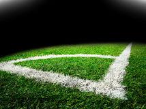 futbal, futbalové ihrisko, rohový kop, futbalová lopta