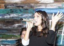 Tehotná Jana Kirschner predstavila svoj nový album - Moruša Čierna.