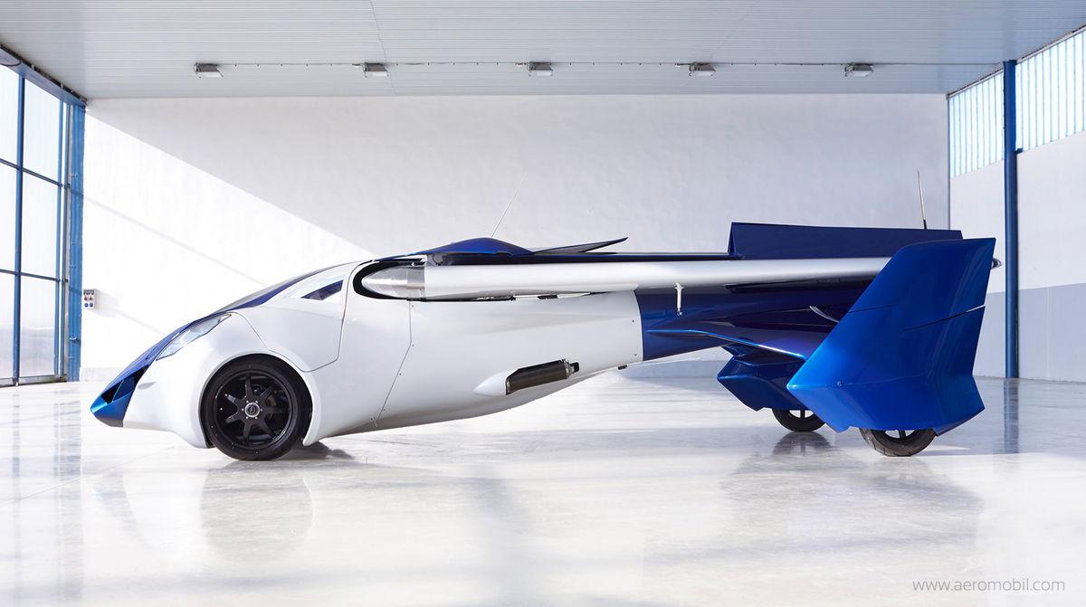 AeroMobil 3.0 prešiel za posledný rok veľkými konštrukčnými zmenami. V porovnaní s verziou 2.5 má karosériu vytvorenú z kompozitných materiálov.