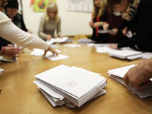 Komunálne voľby 2014, hárky sčítavanie, volebné miestnosti, komisia