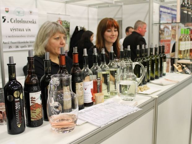 Milovníci vína sa stretnú v Trenčíne