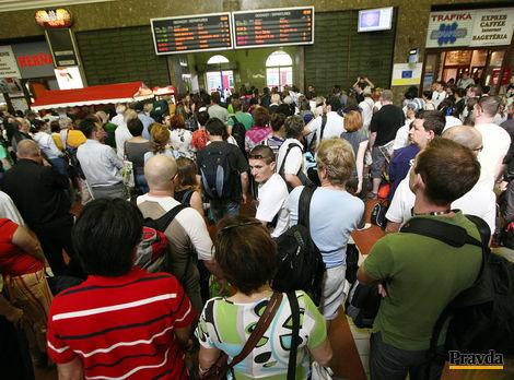 Ficove vlaky zadarmo pomáhajú Česku. Za staré vozne zarába tisíce eur denne