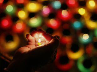 sviečka, pietna spomienka, Kyjev