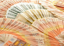 peniaze, eurá
