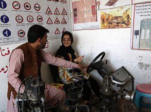Afganistan, autoškola