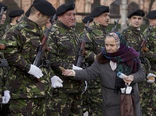 rumunsko, vojaci, žena, sušienky, revolúcia