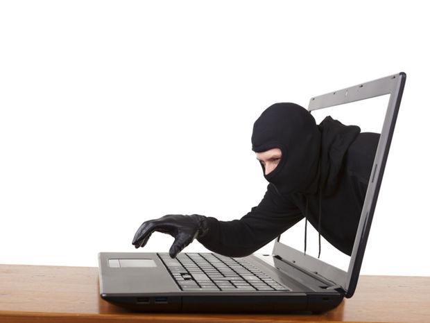 krádež, hacker, internet, bezpečnosť, lúpež, malvér, kyberzločin, zločinec, nebezpečenstvo