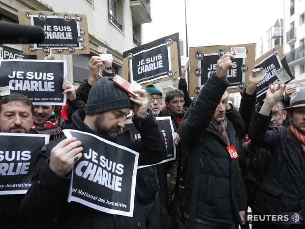 Je suis Charlie, slogan, novinári, podpora