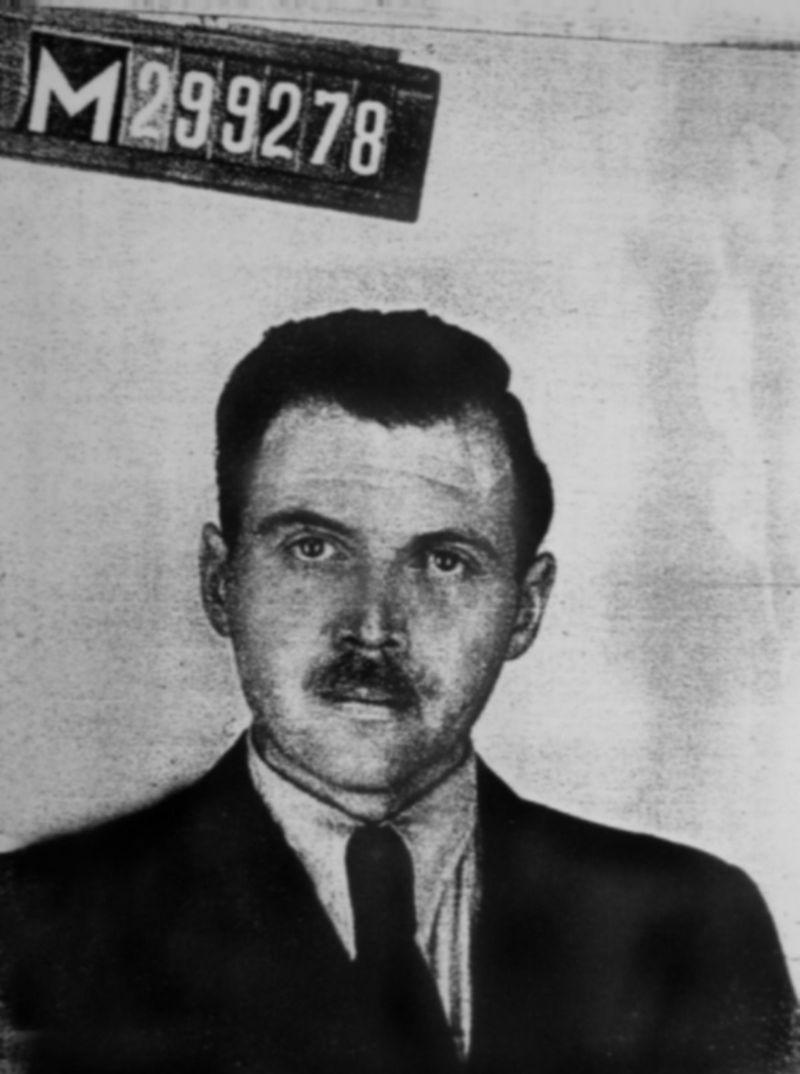 Nacistický lekár Josef Mengele v roku 1956.