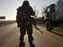 Ukrajina, Debaľcevo, tank, armáda, vojak, vojaci, streľba, zbrane, zbraň,