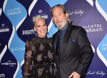 Pink a Jeff Bridges