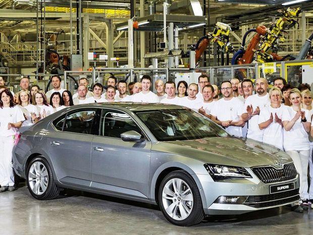 Škoda Superb vyraďovacím sitom nakoniec neprešla. V európskej ankete COTY však získala aspoň šieste miesto.