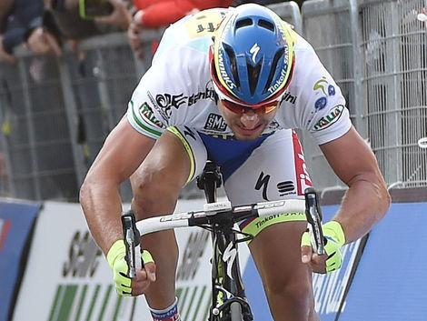 Sagan siahal po obhajobe na klasike, pred cieľom mu však došla para