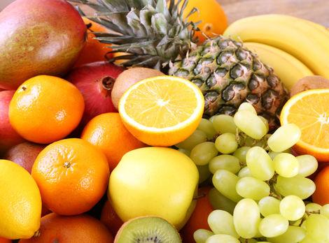 Z ovocia priberiete. Ak ho nejete správne!
