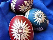 Veľká noc, kraslice, veľkonočné vajcia, maľovanie kraslíc, Ľudmila Bátorová,