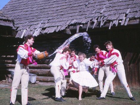 Paska, kocar, čistotnô... Veľkonočné zvyky sú plné unikátnych tradícií