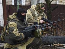 Ukrajina, proruskí separatisti, zbrane, vojaci