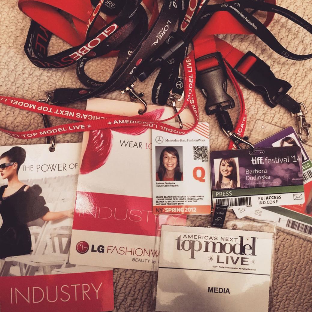 Na filmovom festivale v Toronte Barbora Dudinská pracuje ako novinárka a robí reportáže pre slovenský portál.